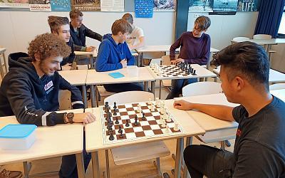 Alfrink Activiteiten: schaakclub gestart